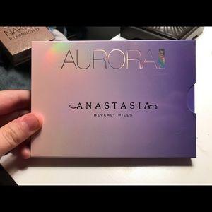 Anastasia Beverly Hills Aurora Highlight Pallet